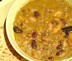 Mixed bean curry croped